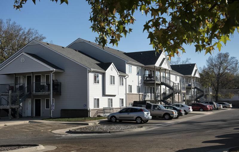 Washburn Place Apartments For Rent In Topeka, Kansas (KS